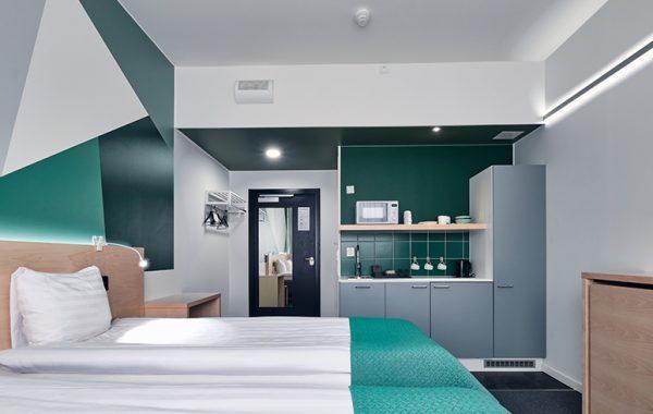 Green Large Triple Room (JKL)