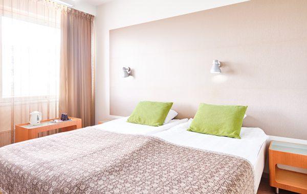 Green Standard Queen Room (Lahti)